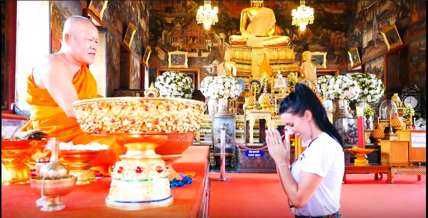 Alyssa's temple visit after 7 days post op nose job and breast augmentation bangkok